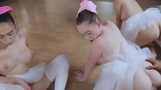 Glamour girl blowjob Ballerinas