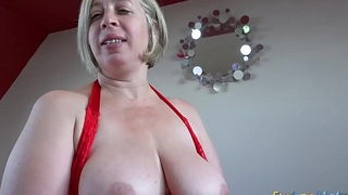 EuropeMaturE Shooting Star Seductive Solo play