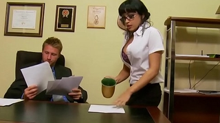 Slutty secretary (Abella Anderson) gets pounded over the desk - Brazzers