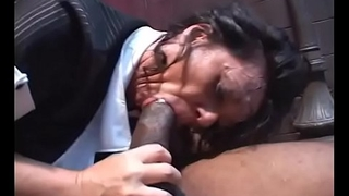 Fat ass Milf babe De'_ Bella pussy pounded by black foursome in alley