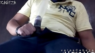 ValesCabeza296 SUCKING LATEX CONDOM CUMSHOT in CONDOM!!!! chupandome el condon lechazo dentro!!!